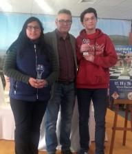 Jhesenia y Juan Vicente en podium
